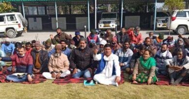 प्रभावितों ने दी ब्यासी बांध परियोजना का काम बंद करने की चेतावनी