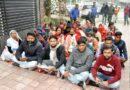 आरोपियों की गिरफ्तारी को विद्युत कर्मचारियों का प्रदर्शन
