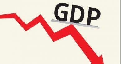 कोरोना की दूसरी लहर से धड़ाम हुई अर्थव्यवस्था, जीडीपी में आई 7़3 फीसदी की गिरावट