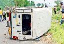पौड़ी गढ़वाल: राष्ट्रीय राजमार्ग पर पलटी बोलेरो, परिवार के 6 लोगों सहित 8 घायल