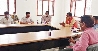 रेलवे निर्माण में स्थानीय लोगों की भूमि का मुआवजा आपसी सहमति से दे