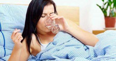 सुबह बासी मुंह पानी पीने के होते हैं कई बड़े फायदे