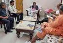 सोशल मीडिया में खूब वायरल हो रहा कैबिनेट मंत्री स्वामी यतीश्वरानंद का फोटो …जाने क्यों
