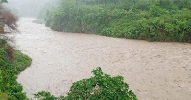 पढ़िए: पौड़ी जिले में किस तहसील में कितनी हुई बारिश, कौन सी सड़के है बंद