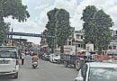 एनएच पर खड़े नगर निगम के वाहन, राहगीर परेशान